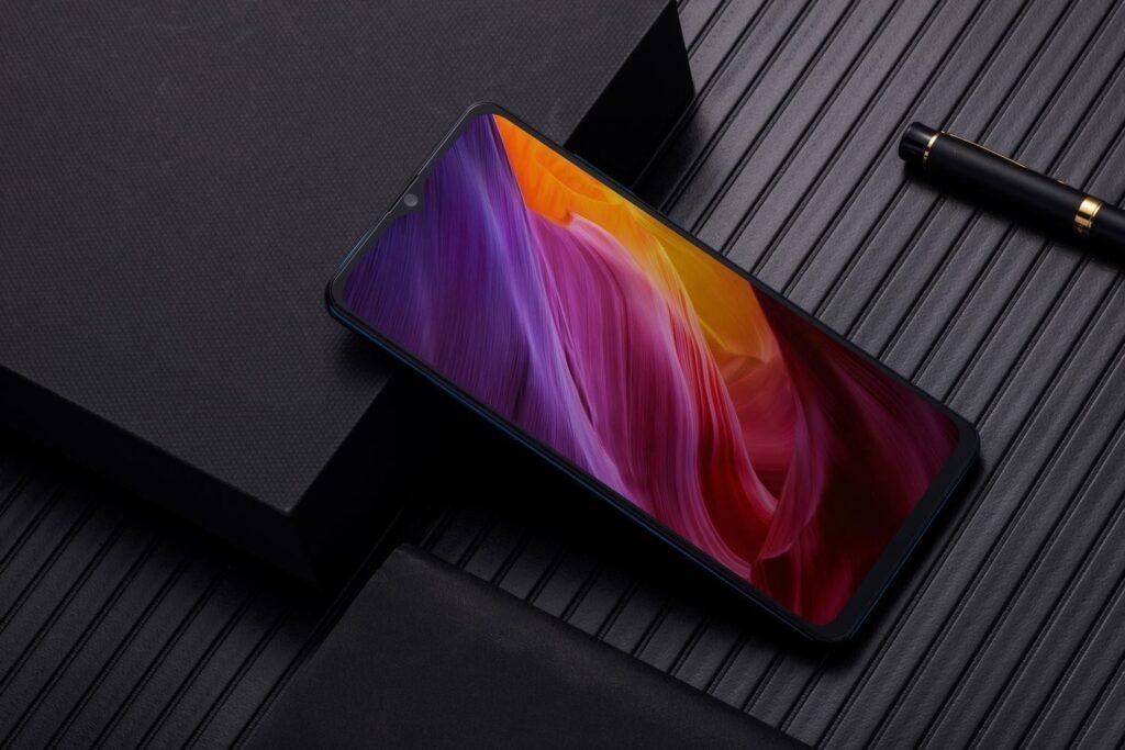 ТОП-10 самых продаваемых смартфонов