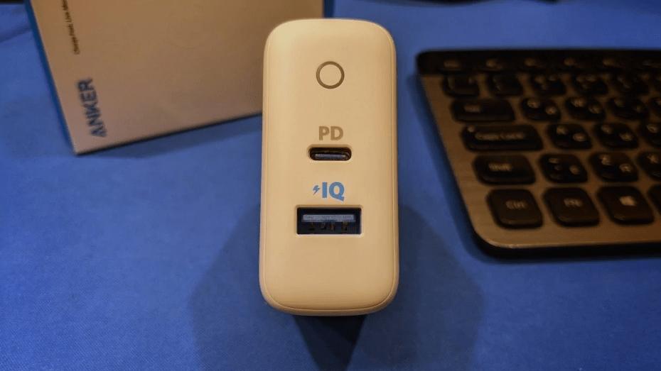 Сетевая двухпортовая зарядка с поддержкой PD и IQ (Type-C) - Anker