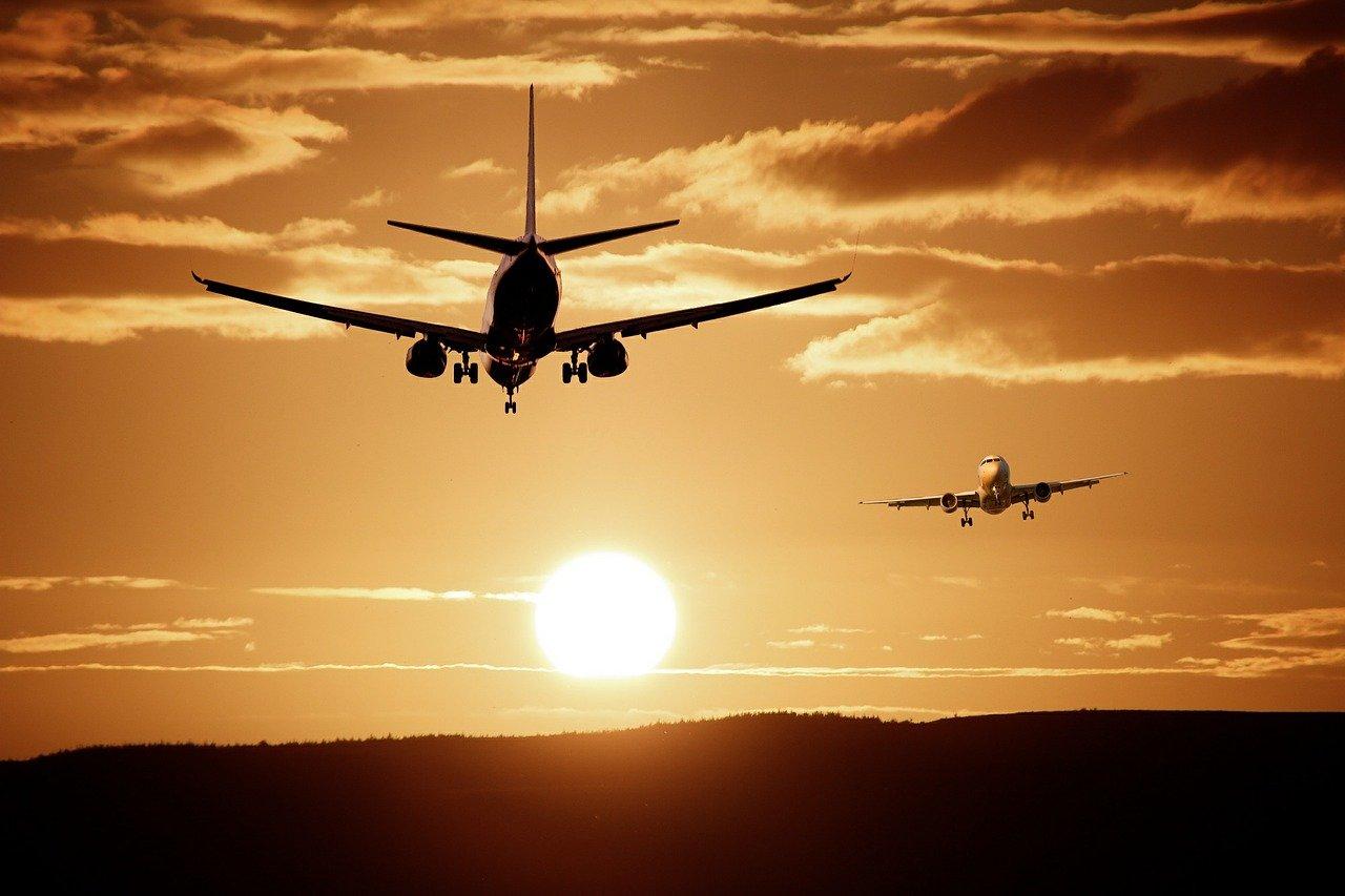 Товары с AliExpress теперь будут доставляться в РФ на самолетах